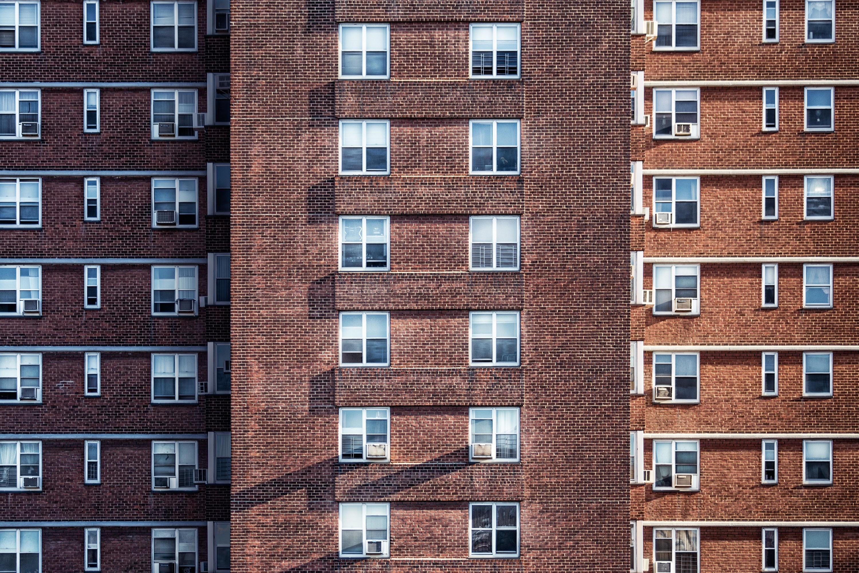 Już ponad 800 tys. mieszkań w budowie – rynek rozgrzany, a optymizm deweloperów topnieje